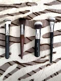 FOUNDATION BRUSH (RECOMMEND)