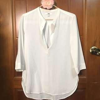 🚚 Uniqlo七分袖純白上衣