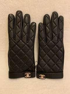 CHANEL leather groves