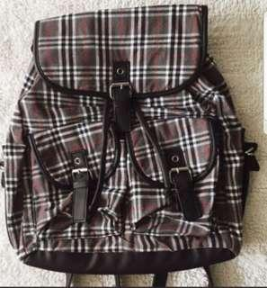 checkered bagpack