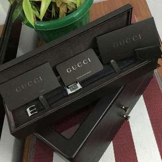 Authentic Gucci Steel/Leather Timeless Watch