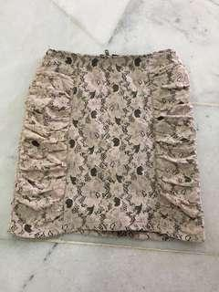 Valleygirl lace skirt
