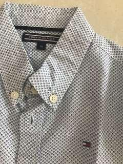 🚚 Tommy Hilfiger shirt. 98 cm (age 3-4)