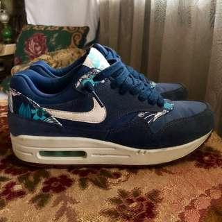 air max 1 mid | Women's Fashion | Carousell Philippines