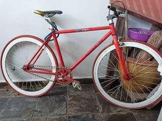 Fixie red white COMP