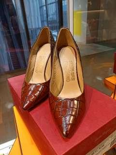 Ferragamo heels copper/ASP Pebble CAL, size 6 1/2