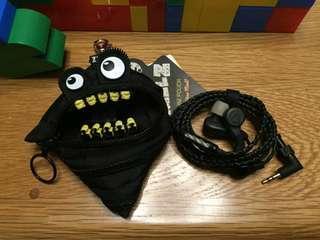 創意怪獸多功能袋 有需要哪款請PO款示給我 賴lucky2200(小培) FB:南部雜貨舖