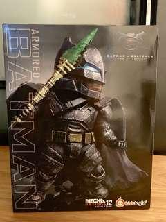 BATMAN - MN12 MECHA NATIONS ACTION FIGURE