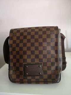 Louis Vuitton Brooklyn Messenger Bag