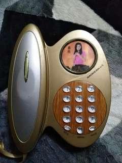 Modern style phone