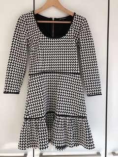 🚚 Juicy Couture Checkered Dress