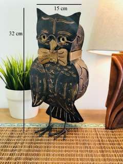 Metal crafted owl
