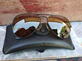 Ray Ban B&L U.S.A. Aviator matte black lense chromax size 58