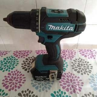 Makita 18v drill -(bare unit) -local- battery not included