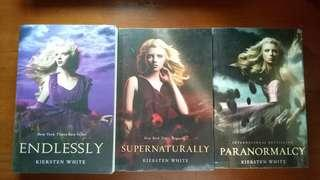 Paranormalcy Series (Paranormalcy, Supernatural, dan Endlessly)