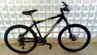 Polygon Tyrano DX 2.0 Mountain Bike
