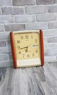 vintage seiko wall clock with chime day and date westminster whittington