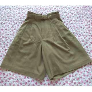 Japanese High-waist Culottes in olive green