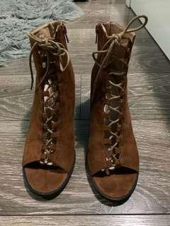 Marco Gianni Ankle Boots size 9