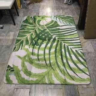 Leaves area rug 120x180 cm