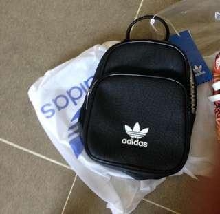INSTOCK : Adidas Mini Backpack + Sling