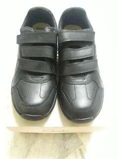 Clarks Bootleg Black Leather Shoes