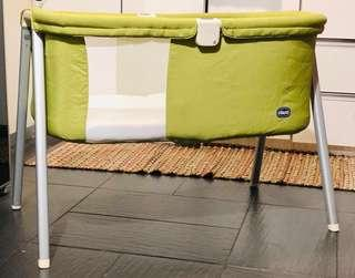 Chicco Lullago travel portable cot