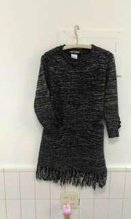 黑灰色連身短洋裝