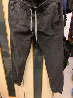 🚚 50% 鐵灰休閒縮口褲