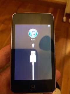 Apple iPod touch, (2nd Gen) 32 GB
