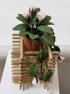 Mini flower pot ornament