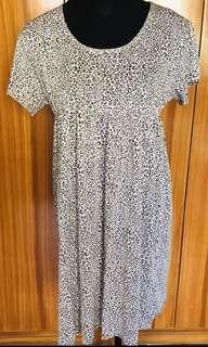 Dress (Size Medium to Large)