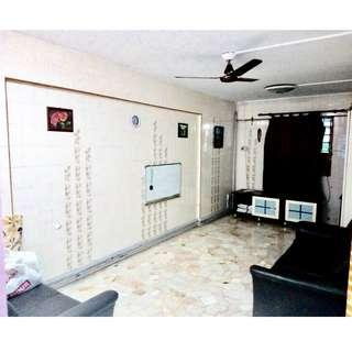 HDB 3NG BLK 302 JURONG EAST ST 32 FOR SALE