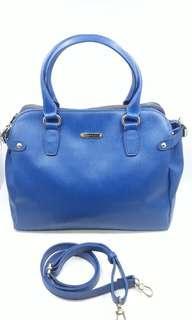 Anne Klein large 2 way hand/ sling bag