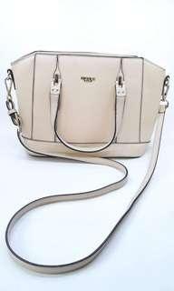 Nicole Miller 2 way hand bag