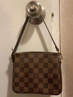 LV 小手袋 pouch makeup bag