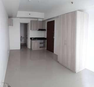 8k monthly payable in 4 months near in cubao Q. C