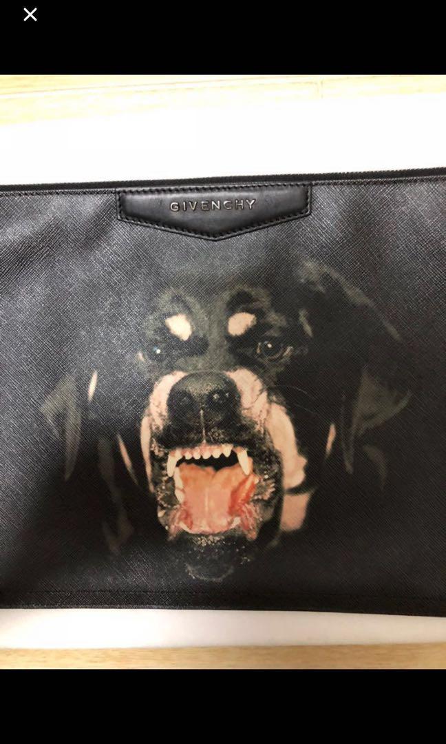 bde6c32938 Givenchy clutch dog dog wallet