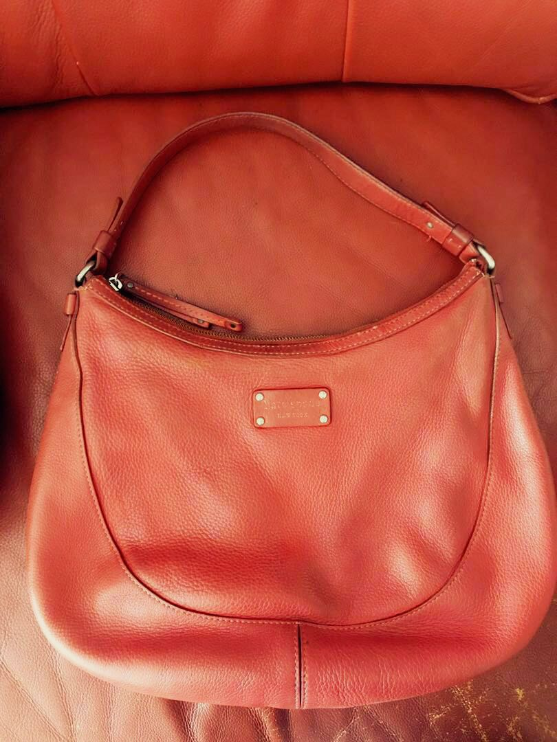 0d543933d Kate Spade Leather handbag, Women's Fashion, Bags & Wallets ...