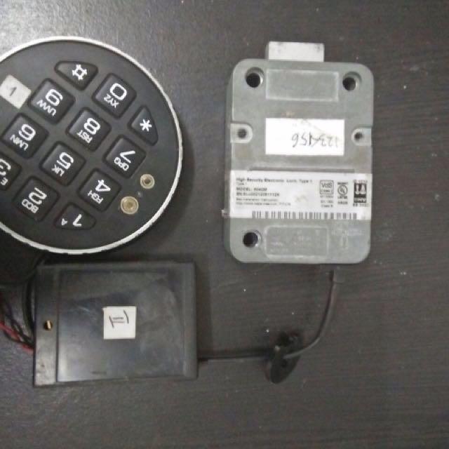 Kunci Tombak ATM