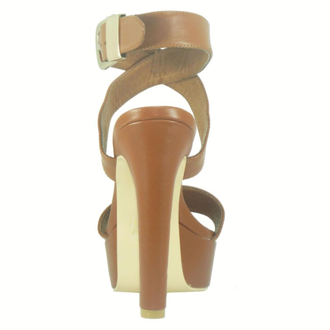 Lively Tan 100% Leather platform Heels - BRAND NEW IN BOX