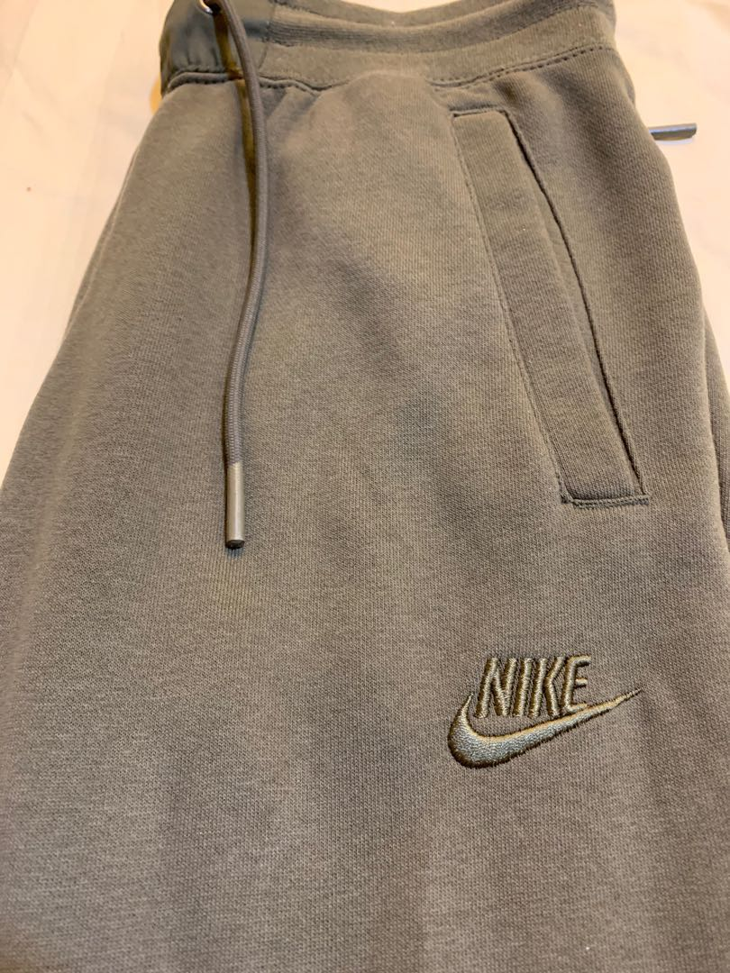 8a4e79032 Nike Air Force - 1 Sweatpants Olive Green, Men's Fashion, Clothes ...