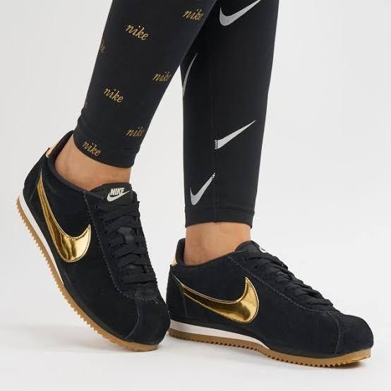 timeless design c2a36 eccc5 Nike Classic cortez se shoes Black Gold, Men's Fashion ...