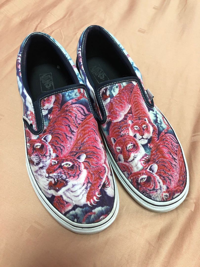 7c7b6e1fb6 Vans x Rollicking Japan vintage Hundred Tigers slip on