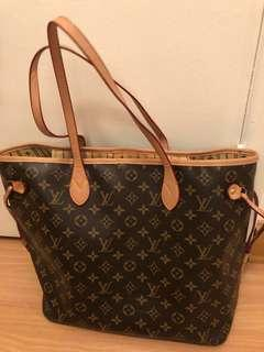 Louis Vuitton Neverfull Bag (USED)
