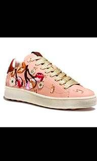 Coach sneaker peach with pattern