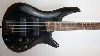 Ibanez Sr300 bass guitar