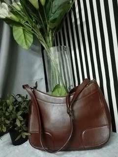Etienne aigner leather sling bag