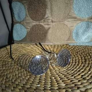 Circle, Blue Lens Sunnies