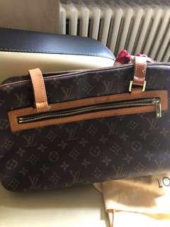 Authentic LV Cite GM